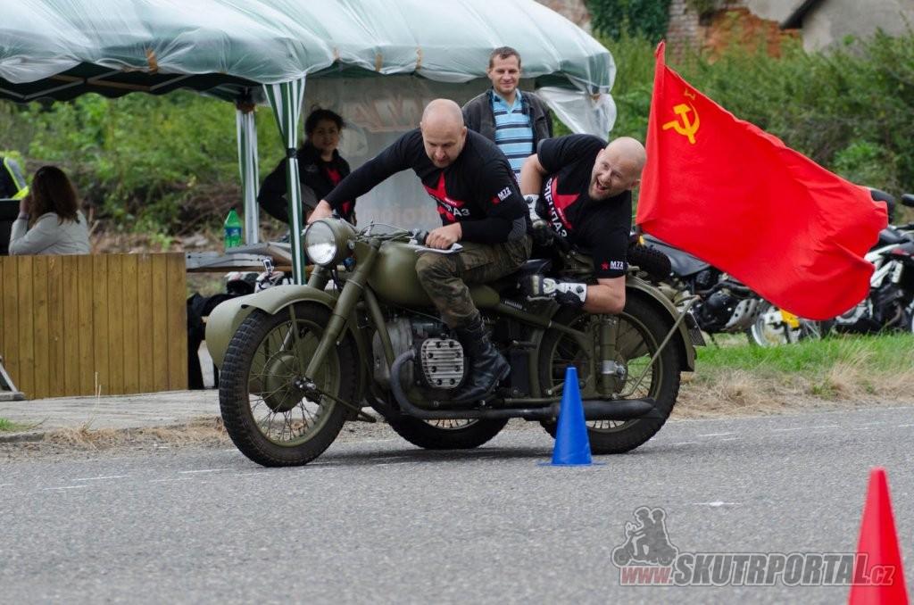 skútry a motogymkhana
