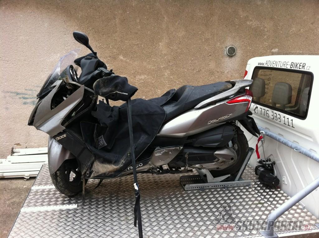 MOTOODTAH - odtahová služba pro skútristy a motorkáře