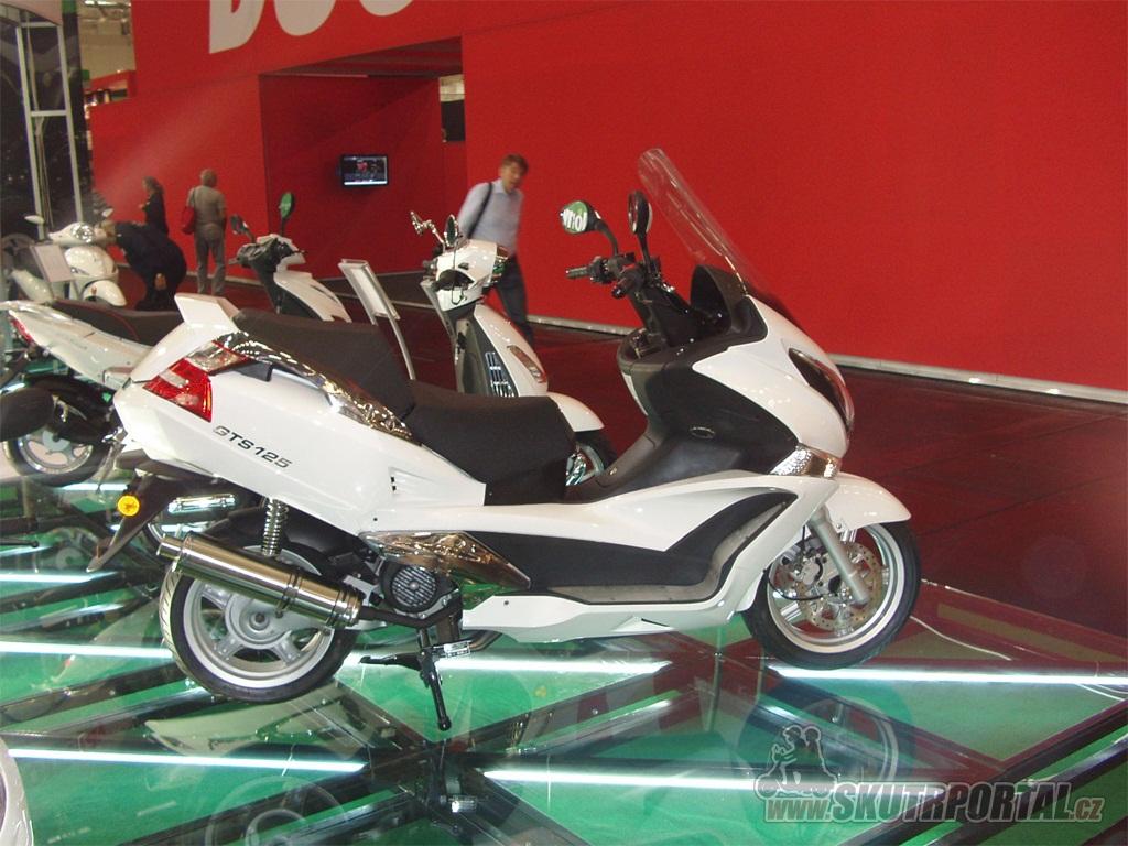JONWAY MOTORCYCLE a jejich kopie HONDY SW-T400