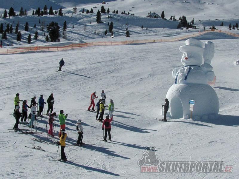 3 - Sněhulák – jedna z atrakcí pro děti.