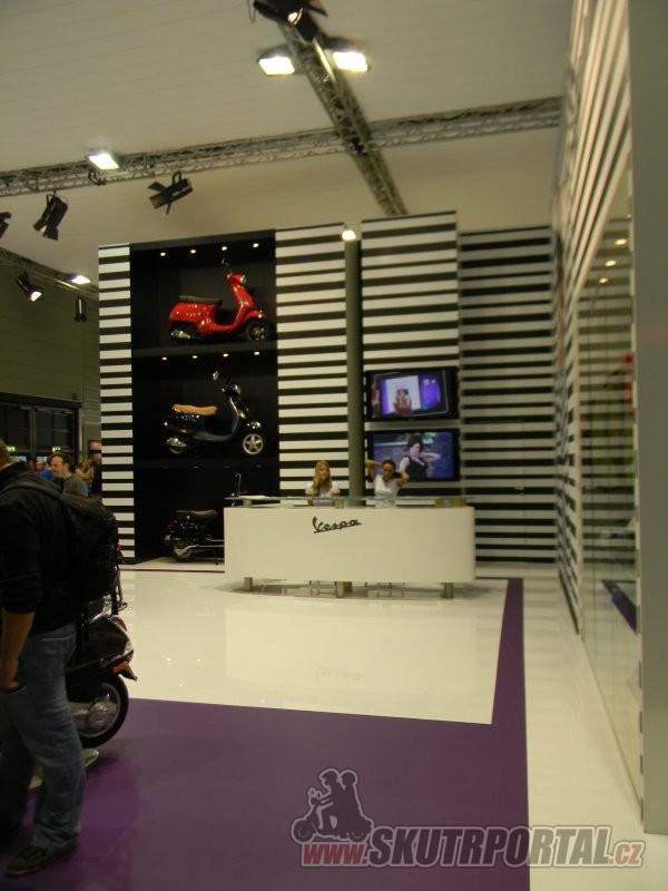 intermot 2012 - vespa