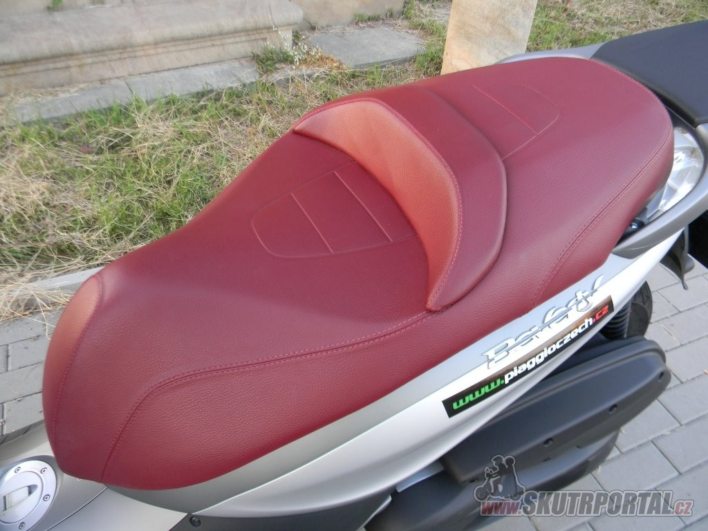 Piaggio Beverly 350 Sport Touring