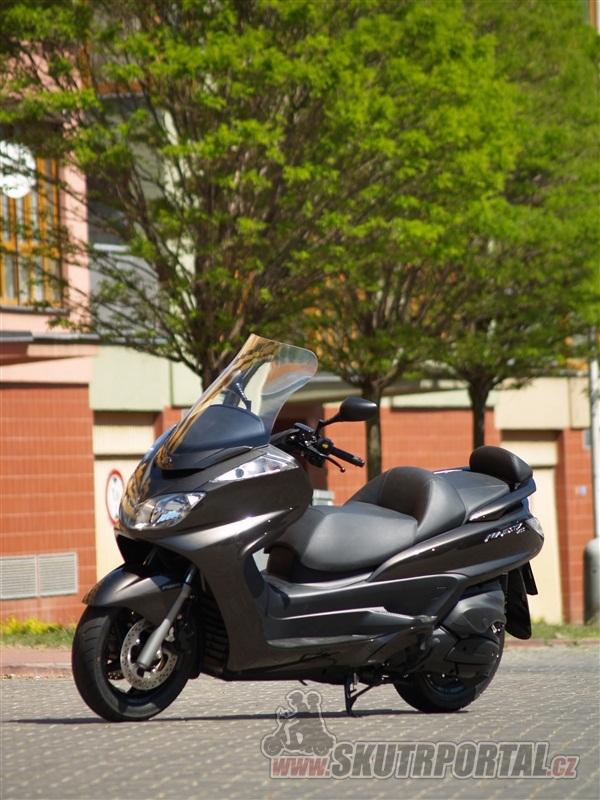 Yamaha Majesty 400 ABS. Pyšná princezna