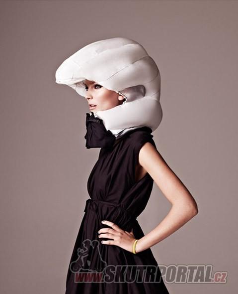 Neviditelná helma ...