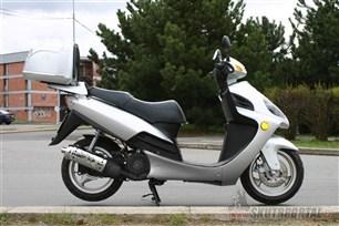 Yuki 125 Hawk. Levná varianta