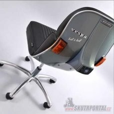 03: židle vespa
