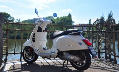 001: Vespa GTS 300 Super ABS