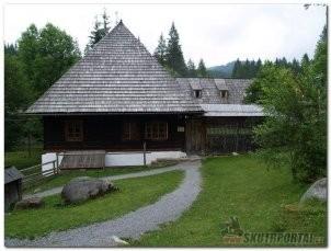 024: miniskútrexpedice kolem slovenska