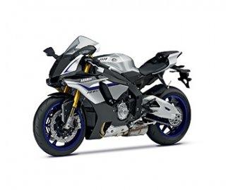 03: Motocykl roku 2015 v ČR Yamaha YZF-R1