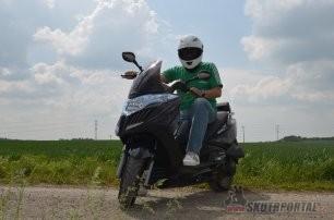 """Kymco Grand Dink 125i - nová """"štika"""" u Kymca"""