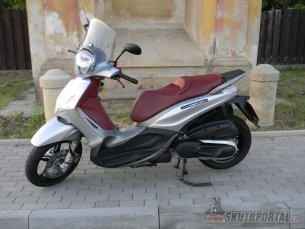 035: Piaggio Beverly 350 Sport Touring