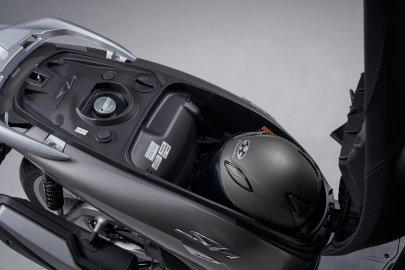 05: Honda SH350I 2021