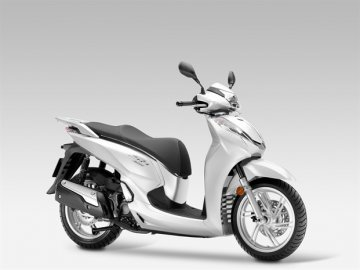 005: Honda SH 300i pro rok 2015