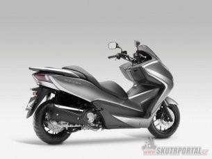 02: Honda Forza