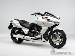 039: Honda DN-01