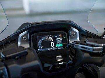 09: Honda Forza 750