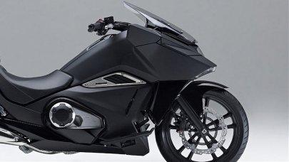 02: Honda NM4 Vultus