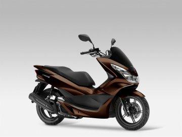 04: Honda PCX 125, modelový rok 2017