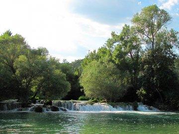 """035: 34 """"Malá Kravica"""" – peřeje a kaskády na řece Trebižat."""