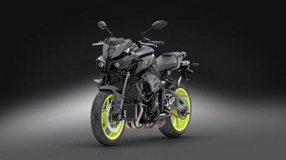 02: Motocykl roku 2016