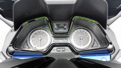 017: Honda Forza 125 - First Class ve světě skútrů