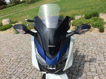 007: Honda Forza 125