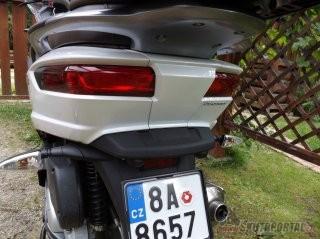 018: piaggio mp3 500 lt business abs - když dvě kola nestačí