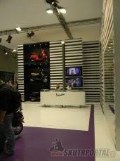 046: intermot 2012 - vespa