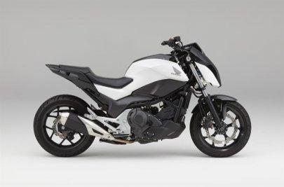 "02: Honda ""Cooperative Mobility Ecosystem"""