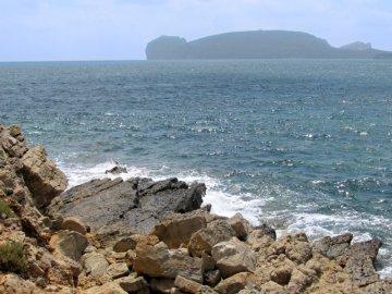019: 3 Nehostinné západní pobřeží Sardinie