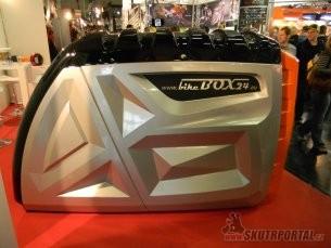 018: intermot 2012 - garáž