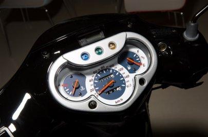 08: Původní model SH125 (2001)