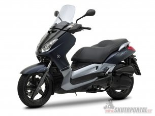 061: yamaha x-max 125