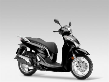 003: Honda SH 300i pro rok 2015