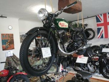 02: Muzeum historických motocyklů
