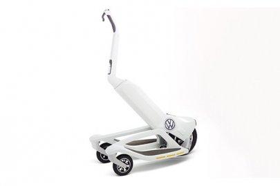 01: Skládací skútr z koncernu VW