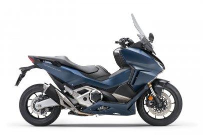 08: Honda Forza 750