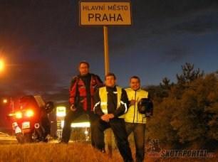 Skútrfórum na cestách aneb Krajskými městy za 48 hodin (2010)