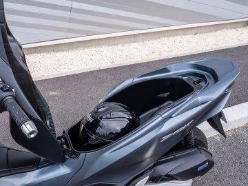05: Honda PCX 2021