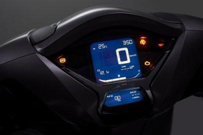 03: Honda SH350I 2021