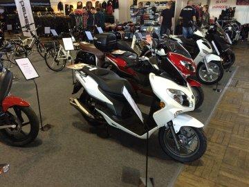 013: Motocykl 2015