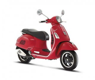 06: Vespa GTS Super 300 ABS