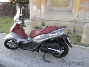 036: Piaggio Beverly 350 Sport Touring