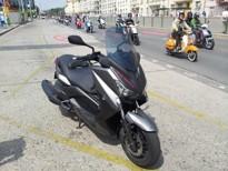 Yamaha X-MAX 400 - první kilometry v sedle
