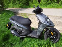 piaggio typhoon vs kymco super 8